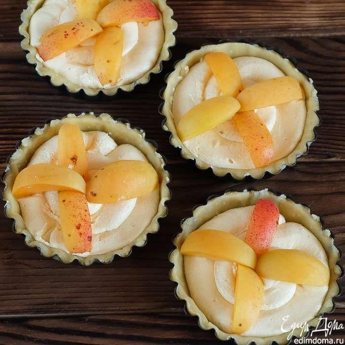 Тарталетки с франжипаном и абрикосами Очень вкусная домашняя выпечка! Приятного вам чаепития! #едимдома #готовимдома #рецепты #кулинария #домашняяеда #выпечка #кчаю #вкусно #абрикосы