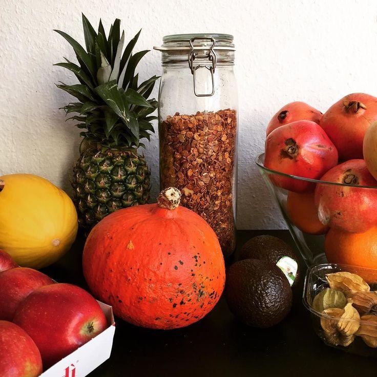 Selfmade-Protein-Low-Carb-Müsli  #proteinmüsli #müsli #superfood #lowcarb #kokos #acai #eiweiss #protein #dinkel #leinsaat #bio #cornflakes #healthyfood #healthy #healthylife #eatwell #eatclean #lifestyle #veggie #vegetarian #vegan #fit #fitness #cerealien #hamburg #hamburgliebe #schanze #bremen #schlachte #iphone6 by __ma_reike__