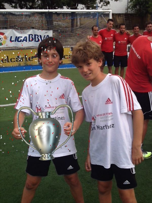 Children playing with #augmentedreality experience in Javi Martínez soccer camp #3