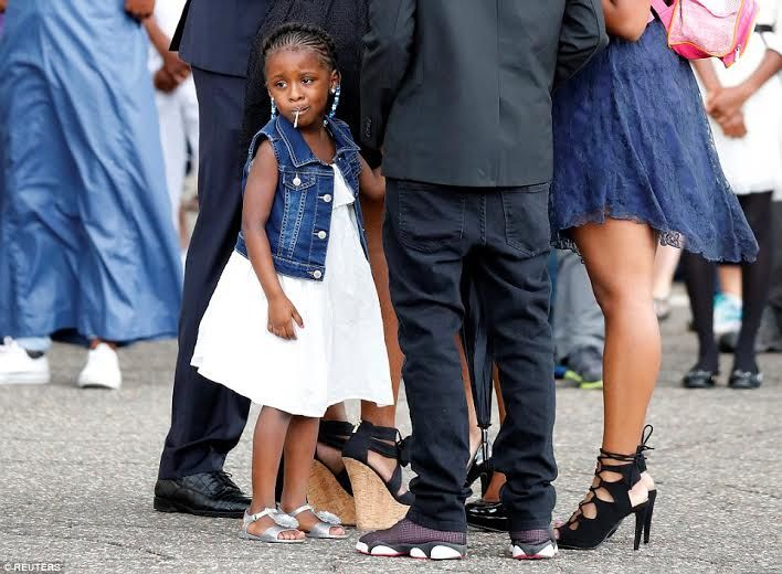 Welcome to Solenzo blog: Photos from the funeral of Philando Castile - Man fatally shot by Police during a traffic stop
