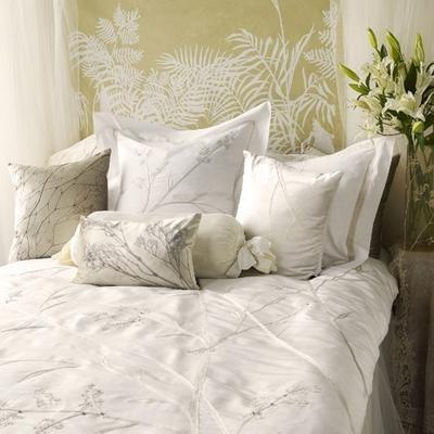 Contemporary Bed Linen from Aviva Stanoff