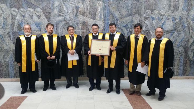 Directorul SRI - Doctor Honoris Causa Beneficiorum Publicorum al Universității de Vest din Timișoara.
