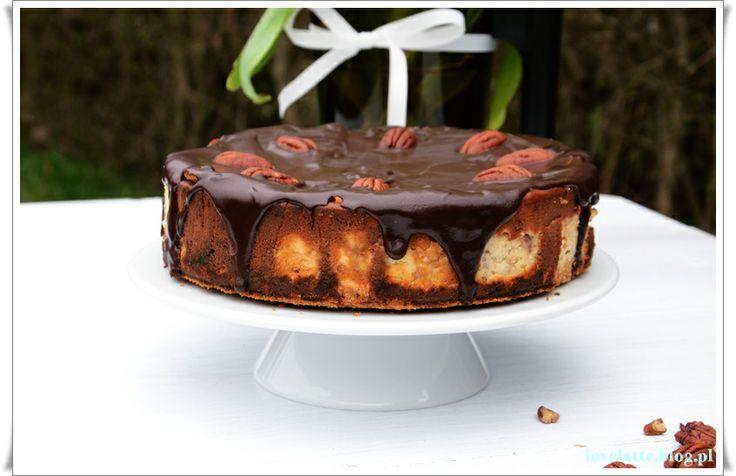 Sernik chałwowy / halva cheesecake: http://lovelatte.blog.pl/2014/03/23/wspomnienia-z-dziecinstwa-sernik-chalwowy/