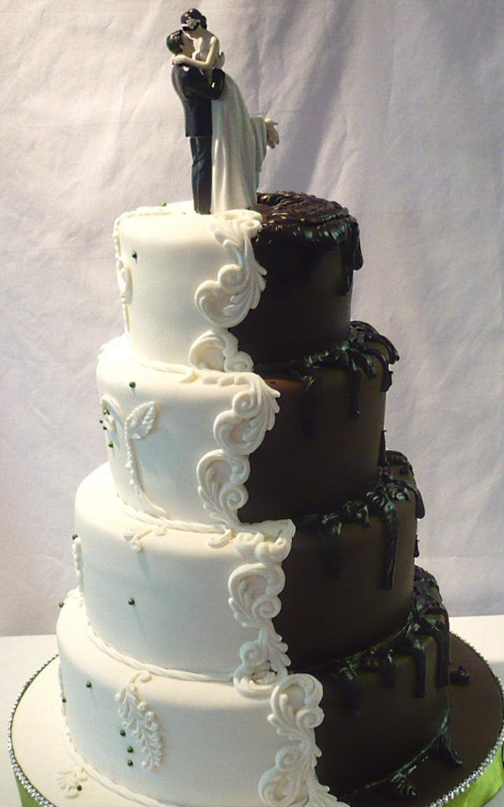 interesting wedding cakes 978 best images about black amp white wedding wedding 16466