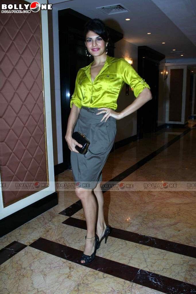 Jacqueline Fernandez & Ritesh Deshmukh at Aladin Movie Meet ***