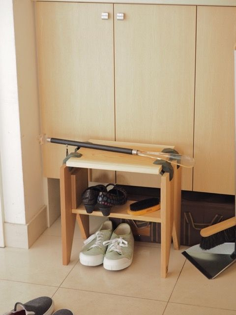 An Amazing Small Japanese Shoe Rack  #furiture #love #japan #tradition #useful #bamboo #playwood #connectors #modular #home