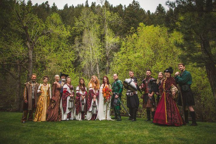 Lindo casamento medieval inspirado em game of thrones. #criativo #got #criatividade