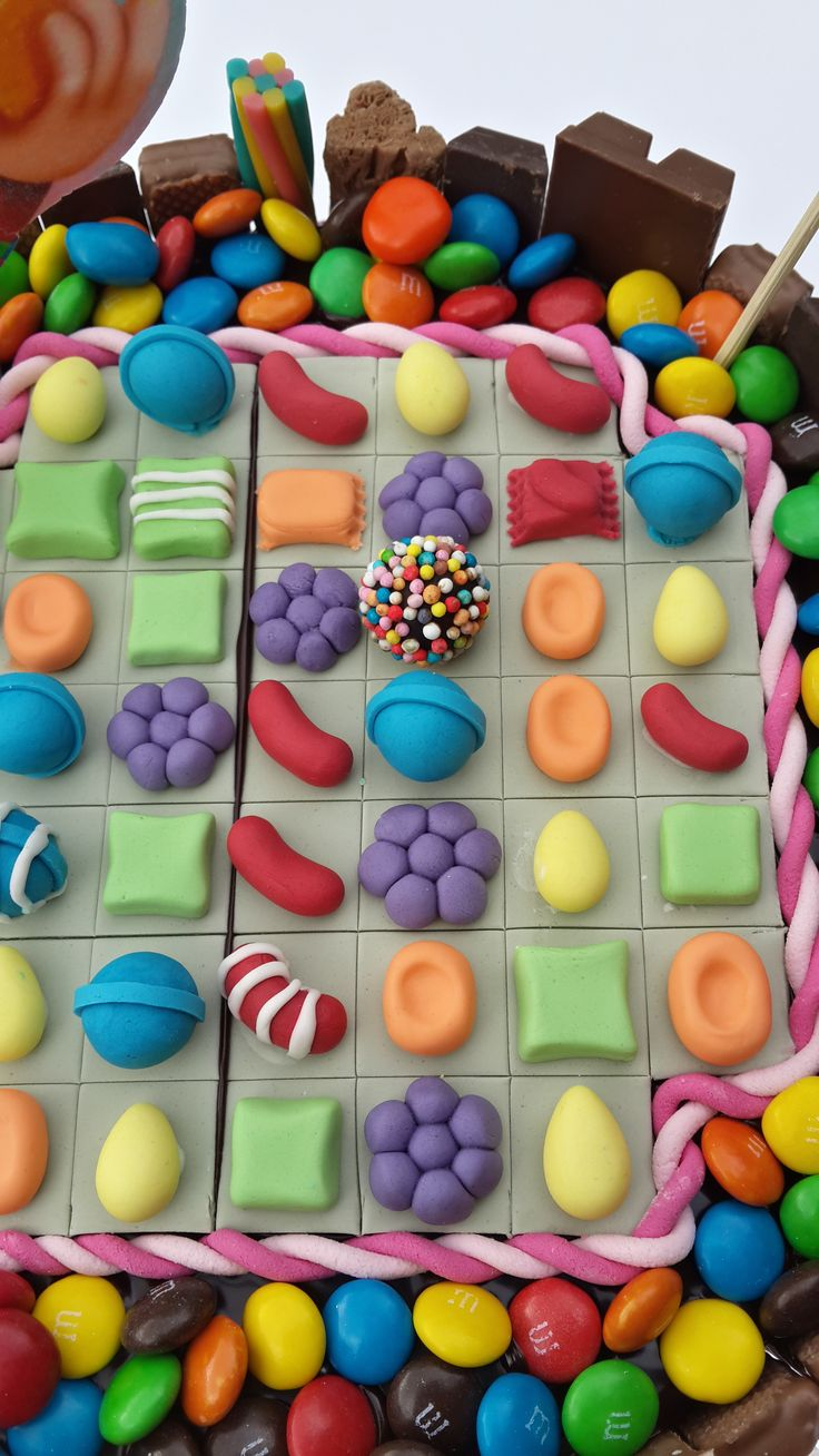 candy crush cake, whoever got this idea just brilliant . Made one very similar to this and it looked amazing.