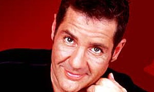 Mr Perma-tan Dale Winton. Completely talentless. Wears far too much mascara!!