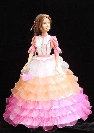 """Ball gown of Kaylee from Firefly series for 12"""" Barbie doll - OOAK  free sewing pattern"""