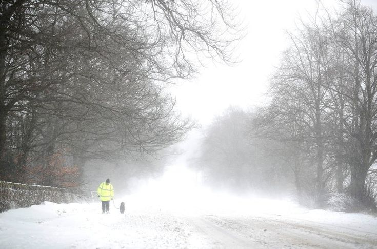 "LONDON — A Siberian weather system making its way across Europe hit the British Isles particularly hard on Thursday, bringing heavy snow, high winds and below-freezing temperatures to areas ill equipped to handle them.The Met Office, Britain's national weather service, issued rare ""red warnings,"" mea"