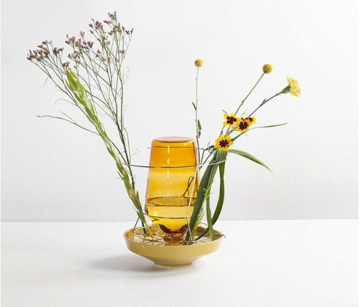 Deco jaune: la nouvelle tendance Vase Hiden Vase, Kris Kabel (Valerie Objects)