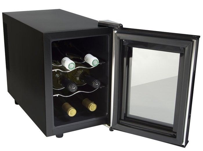 お部屋に置くのにおすすめサイズ!家庭用6本用ワインセラー5選-カウモ 1.apro KCF-W206K 電子式家庭用ワインセラー 6本収納タイプ 16,800円