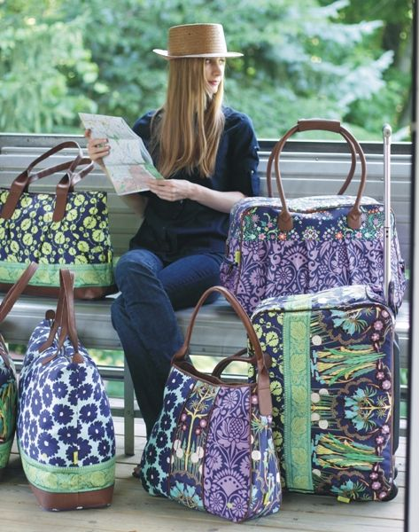 Let's travel in style. Beautifull bags by Amy Butler designs
