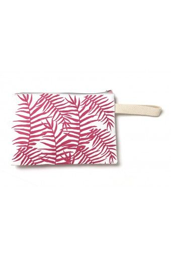Wear pink with the funky floral Penida design! Shop this gorgeous handmade summer clutch and combine practicality with a designer's fashion item.  Handmade with a zippered inside pocket, this summer accessory fits all of your essentials and makes for a unique summer clutch. Also fits your tablet.  Size: 28x19 cm Zipper, handle strap colour as well as fabric lining are subject to availability.