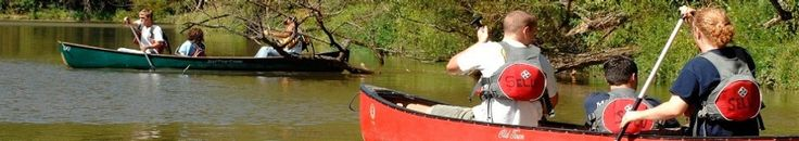 Radford University students visit Selu Conservancy for a day of canoeing and exploring the New River