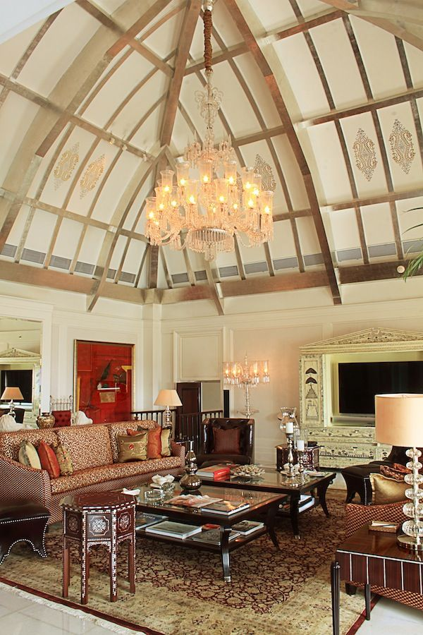 Vaulted Ceiling Living Room Decor Ideas: Vaulted Living Room Ceiling
