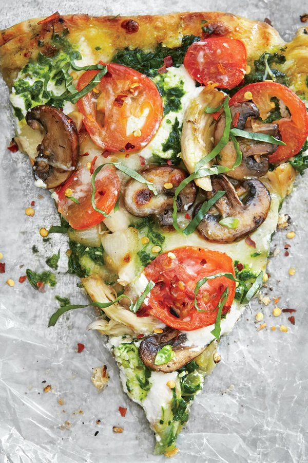 Grilled pesto pizza with chicken, mozzarella and ricotta   – Food