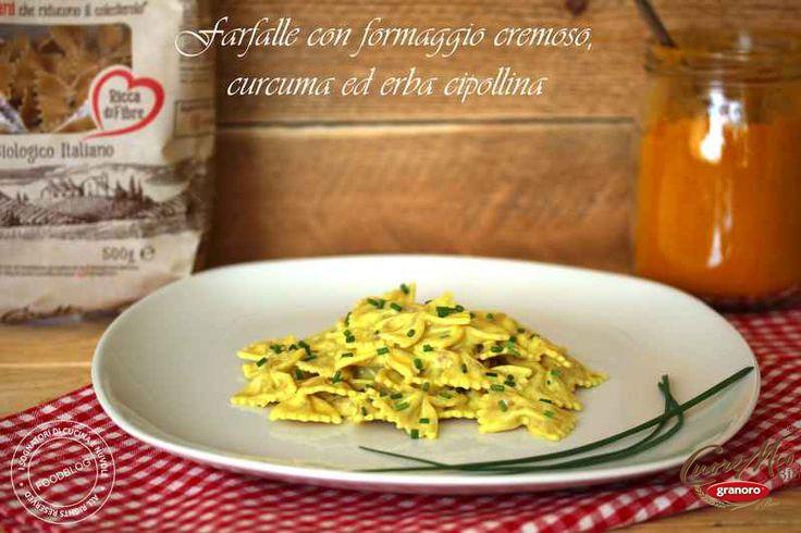 Mangiare bene per stare bene.E con piatti come questo c'è ancora più gusto ;)Ecco le  Farfalle Cuore Mio Granoro (la pasta che che, grazie ai betaglucani dell'orzo, aiuta a ridurre il colesterolo ), con formaggio cremoso e curcuma, spezia antiossidante e dalle tante proprietà benefiche di I sognatori di cucina e nuvole: http://bit.ly/2rfNnTc