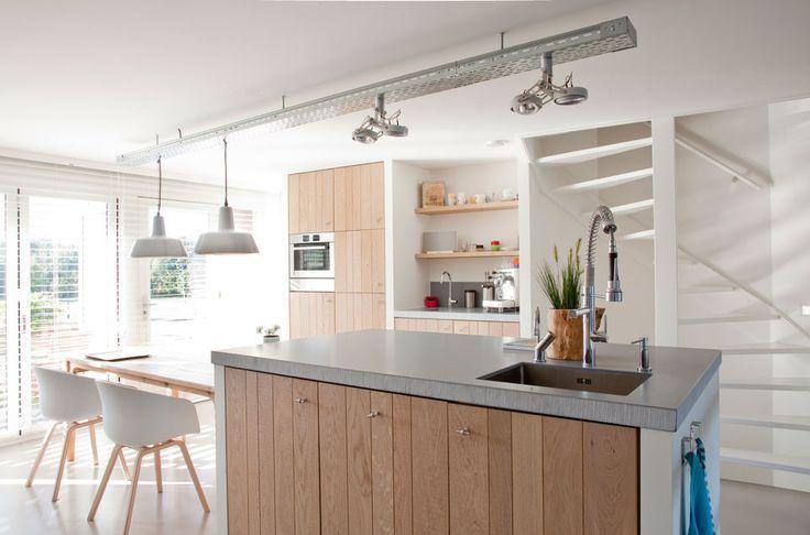 Meer dan 1000 idee n over eiland tafel op pinterest kookeiland tafel keukens en kookeilanden - Eigentijdse keuken tafel ...
