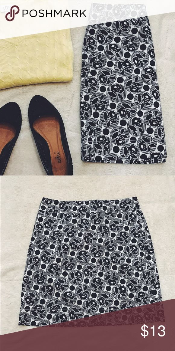 Black and White Rose Print skirt Black and White Rose Print skirt. Super cute! 99% Cotton, 1% Spandex. This yellow sweater (xs) is also for sale! LOFT Skirts