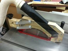 Home Built Table Saw Guard/Dust Collector - The Patriot Woodworker Built from plans in ShopNotes