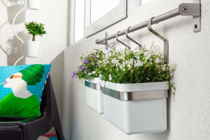 ce ar fi vara f r parfumul i culorile florilor cu suportul grundtal i po i suspenda. Black Bedroom Furniture Sets. Home Design Ideas