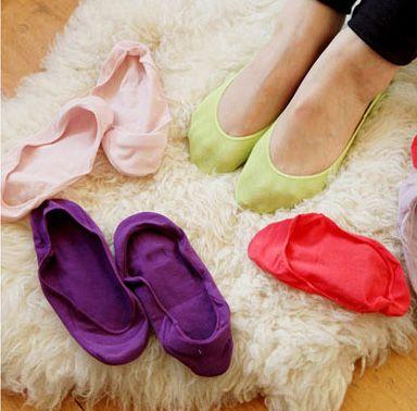 usare-due-calzini scarpe
