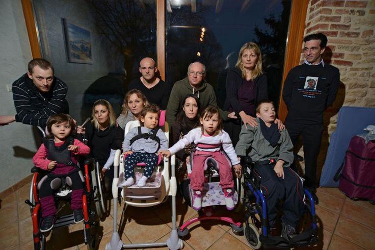 Cinq familles devant la justice