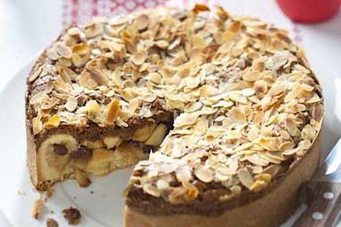 Recept speculaastaart: Zelf speculaastaart maken? Een makkelijk video recept voor speculaastaart van Koopmans. Bekijk snel het recept!