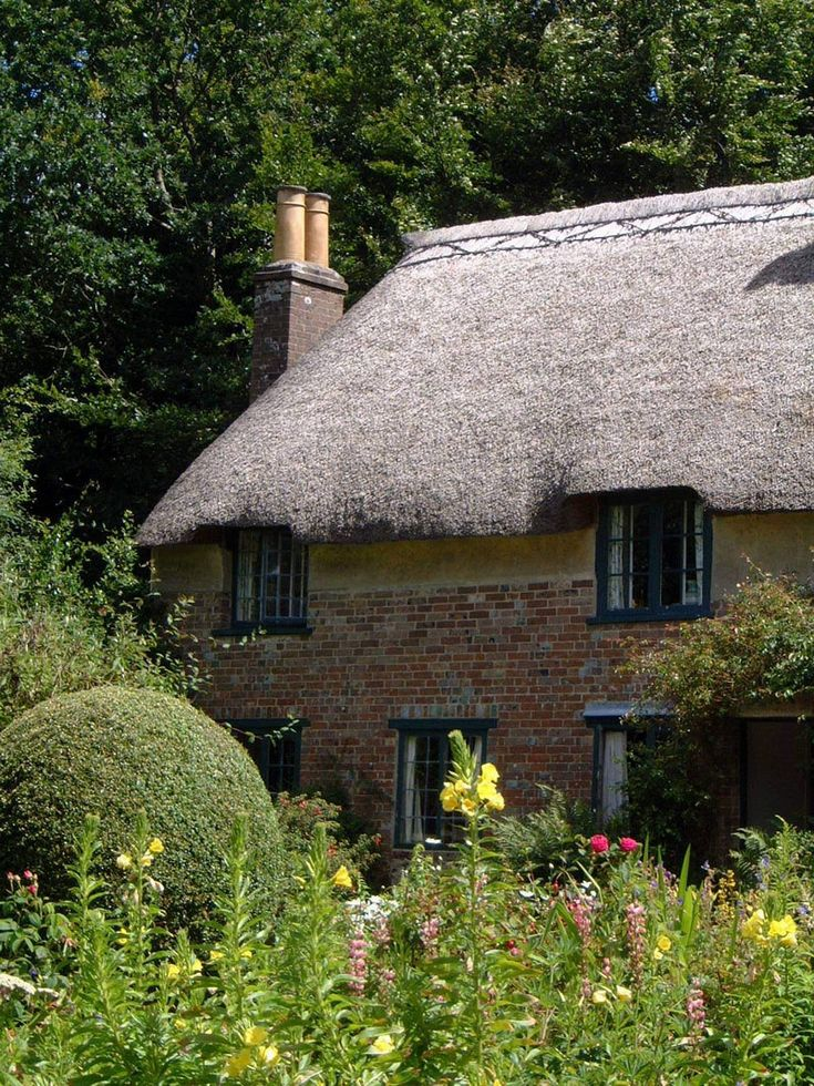 Thomas Hardy's Cottage, Dorset, UK.  I'd give anything for an English thatched roof cottage, much less Thomas Hardy's.