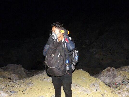 Mount Traveler, Kawah Ijen (Banyuwangi - Indonesia).