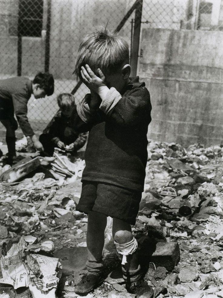 luzfoscaRoger Mayne Boy on a Bombsite, Waverley Walk, Harrow Road area, 1957
