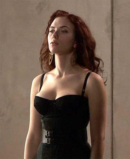 La mejor viuda negra...una razón más para amar a Scarlett