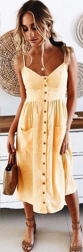 Simple feminine dress, great colour for the sun kissed skin #longdress #sunkissed #feminine
