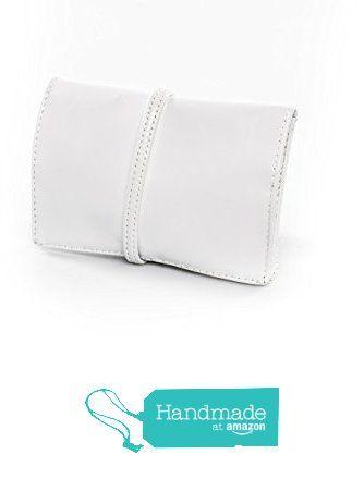 Astuccio borsello porta tabacco bianco di vera pelle con laccio unisex - idea regalo da rossodesiderio https://www.amazon.it/dp/B01N6JVJOR/ref=hnd_sw_r_pi_dp_piPAybZPD5BA2 #handmadeatamazon #portatabacco #tabacco #bianco #cartine #accendino #filtri #tasca #vera #pelle #cuoio #borsello #borsa #fattoamano #artigianato #artigiano #artigianale #laccio  #accessorio #custodia #astuccio #classico #vintage #casual #retro #gadget #elegante #fashion #design #stile #style