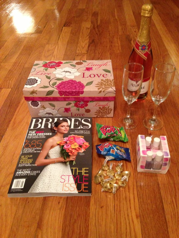 Wedding Gift Basket Items : Best images about Gift Baskets on Pinterest Engagement gift baskets ...