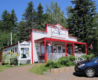THIS IS THEE BEST PLACE EVERR! Great Lakes Candy Shop, Duluth MN (on knife river)