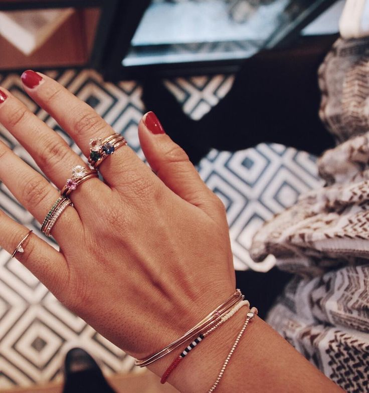 mumbaistockholm x Essie in Oslo, Jan 2017   Ring stacking by Costume Norway's Sonia Uppal