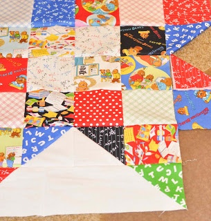 Moda Lissa: Berenstain Bears Star Quilt - Love this star quilt using one charm pack of Moda's new Bear Country School!  Thank you, Moda Lissa :D