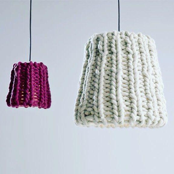 De nouveaux abats-jour en laine : une idée #phildar lumineuse ! @phildar_officiel #onvousmetaudéfi