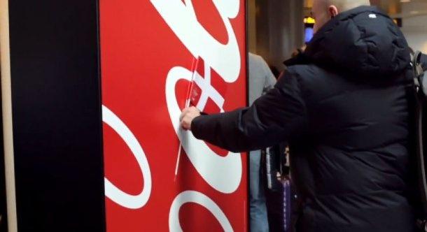 Sem limites para criar em torno de uma marca. The Happy Flag Dinamarca Coca Cola bandeira.