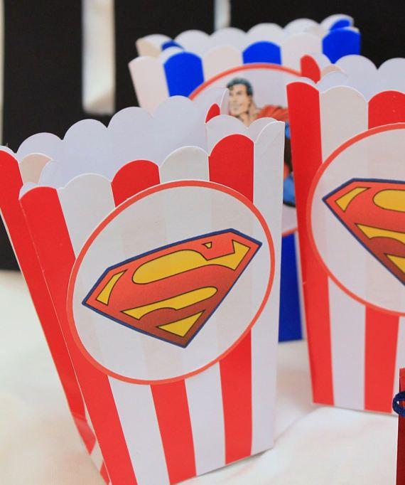 set de cajas de palomitas de maíz con temas Superman 10