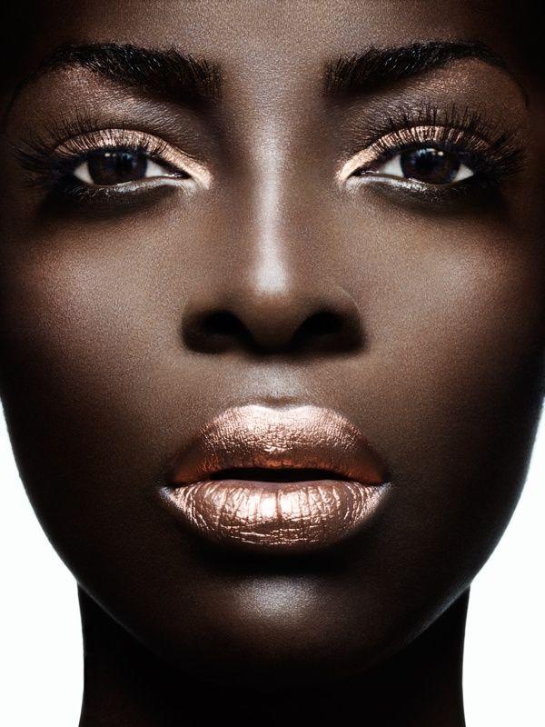 yes yes yes! Metallic shines so bright on dark skin.