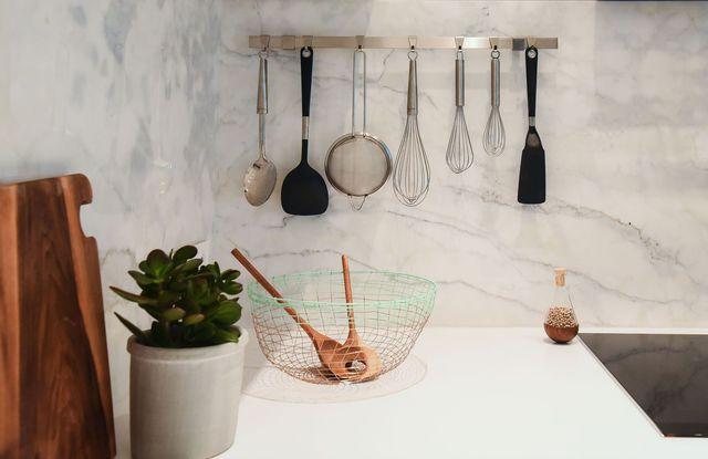 Les 25 meilleures id es de la cat gorie ustensiles de - Ustensiles de cuisine lyon ...