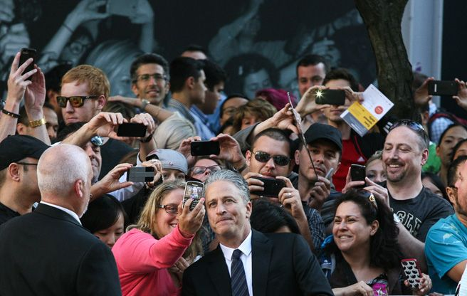 """Jon Stewart struts the red carpet for Rosewater, calls Canadians """"upsettingly"""" nice"""