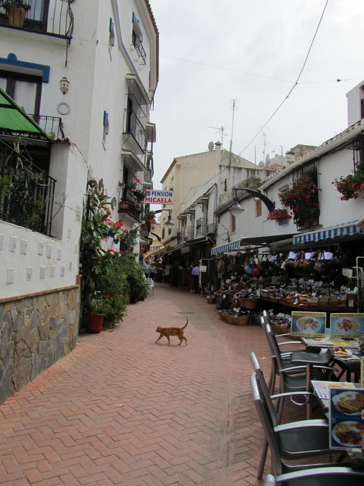 Torremolinos (Costa Del Sol) Spain - 1 street from the sea