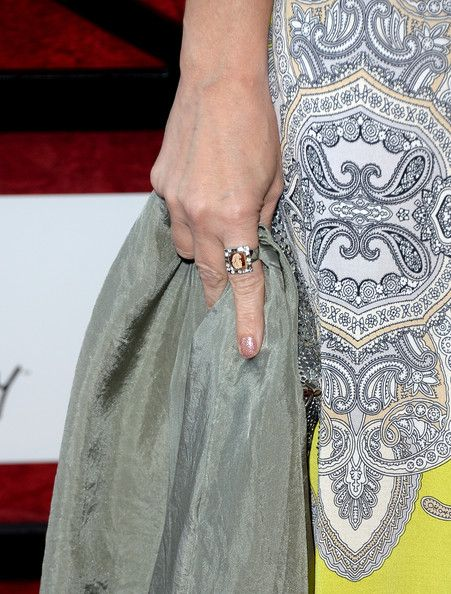 Amy Yasbeck Photos Photos - Actress Amy Yasbeck (jewelry detail) attends The Comedy Central Roast of James Franco at Culver Studios on August 25, 2013 in Culver City, California. The Comedy Central Roast Of James Franco will air on September 2 at 10:00 p.m. ET/PT. - Arrivals at Comedy Central's James Franco Roast — Part 3
