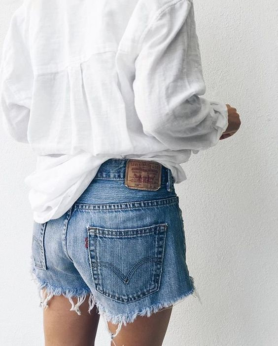 blue denim cut off shorts and white linen baggy shirt | red white and blue style for summer