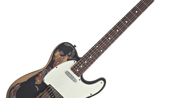 Como fazer uma guitarra parecer mais velha. Existe algo atraente sobre o visual de uma guitarra vintage que uma guitarra nova simplesmente não tem. Talvez seja o desgaste pelos muitos anos de uso ou, eventualmente, sua história. Seja o que for, a maioria dos guitarristas vai confessar que gostaria de possuir uma guitarra vintage. Infelizmente, como acontece com muitas antiguidades, ...